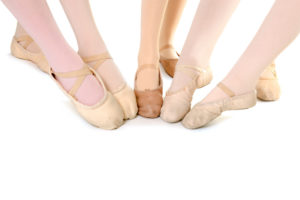 Best Canvas Ballet Shoes of 2021: Complete Reviews With Comparisons